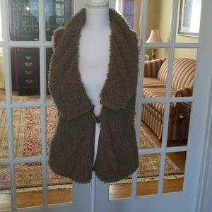 Brown fuzzy Jack fashion vest size small